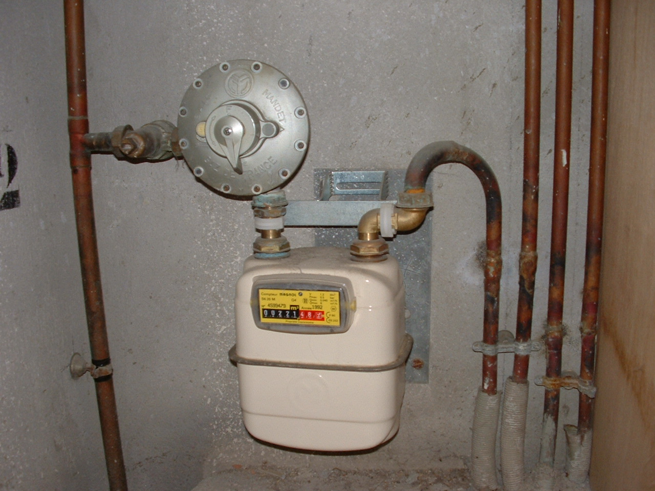 Pin compteur gaz on pinterest - Installation compteur gaz ...